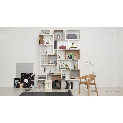 etag re stacked l sans fond gris fonc muuto pour chambre enfant les enfants du design. Black Bedroom Furniture Sets. Home Design Ideas