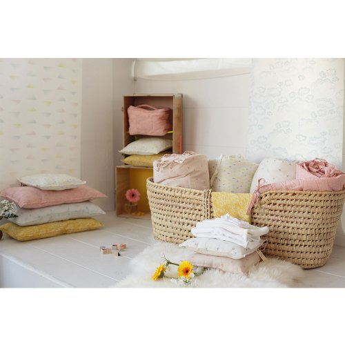 tour de lit moelleux bird rose p le sweetcase pour. Black Bedroom Furniture Sets. Home Design Ideas