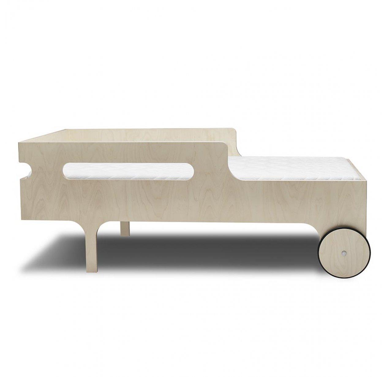 lit junior r toddler bed naturel rafa kids pour chambre enfant les enfants du design. Black Bedroom Furniture Sets. Home Design Ideas