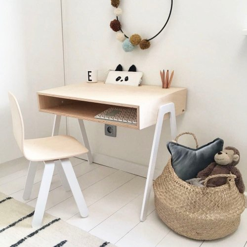 bureau et chaise enfant 2 6 ans blanc in2wood pour. Black Bedroom Furniture Sets. Home Design Ideas