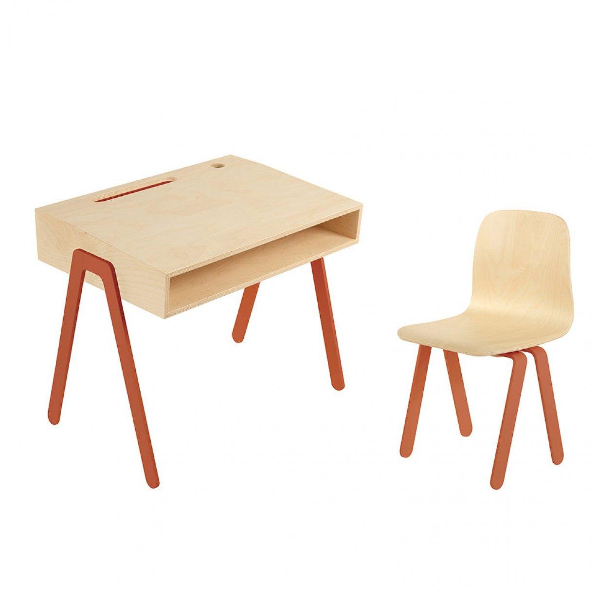 bureau et chaise enfant 2 6 ans rouge orang in2wood. Black Bedroom Furniture Sets. Home Design Ideas