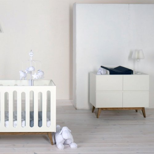 Lit b b canap trendy 70 x 140 blanc quax pour chambre - Bebe tombe du canape ...