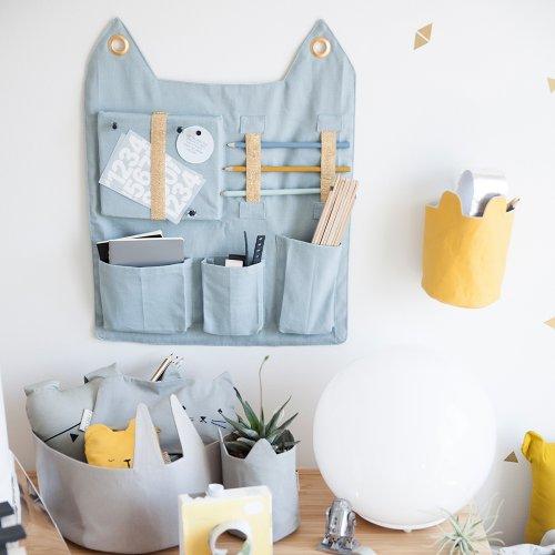 Pochette de rangement murale Chat - Bleu clair Fabelab pour chambre enfant - Les Enfants du Design
