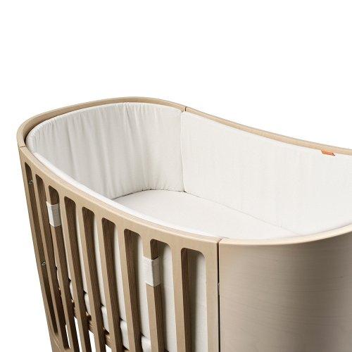 tour de lit b b pour lit volutif leander blanc leander. Black Bedroom Furniture Sets. Home Design Ideas