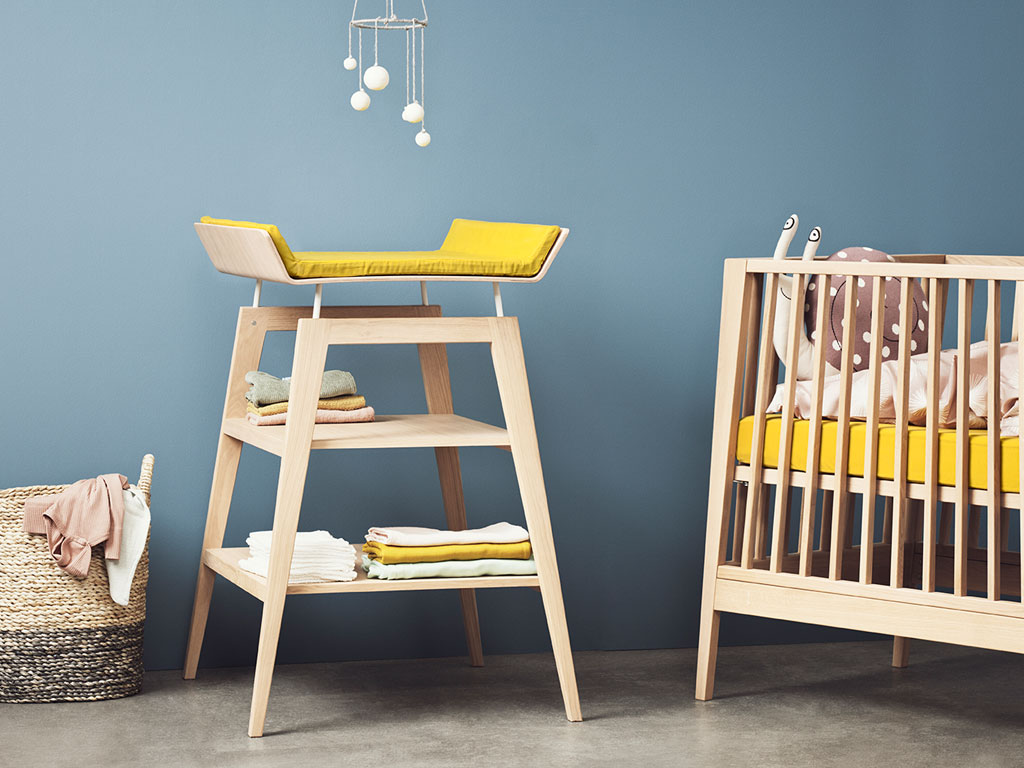 table langer mobilier d co chambre b b et. Black Bedroom Furniture Sets. Home Design Ideas
